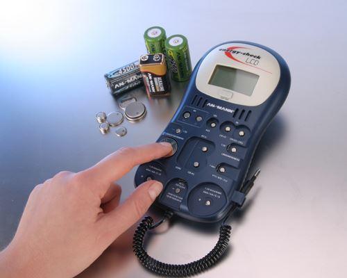 Digitální tester Ansmann Battery Tester Energy Check LCD pro AA, AAA, C, D, 9V, knoflíkové